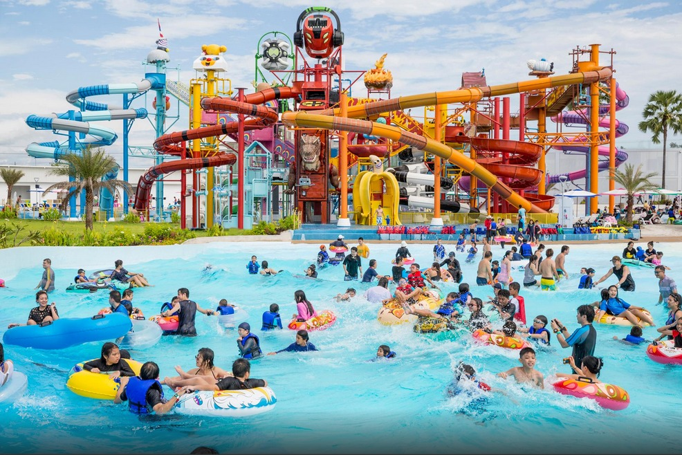 Cartoon Network Amazone Water Park Pattaya Tng Holidays Thailand Tour Packages Activities Sightseeing